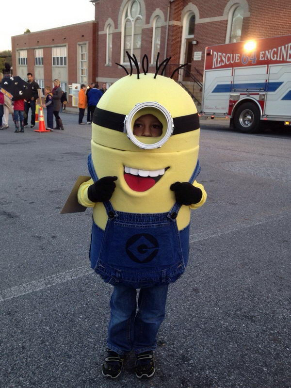 29-minion-kid-costume-idea