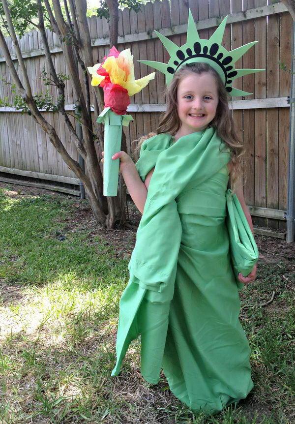5-statue-of-liberty-costume