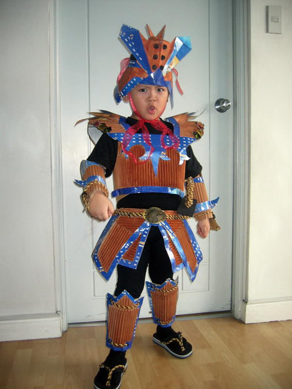 7-samurai-costume-recycled-materials