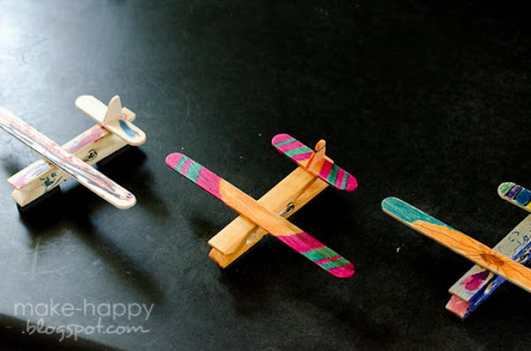 1 popsicle stick airplane