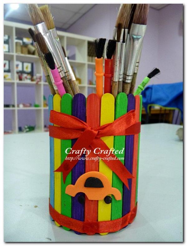 11-rainbow-craft-stick-pencil-holder