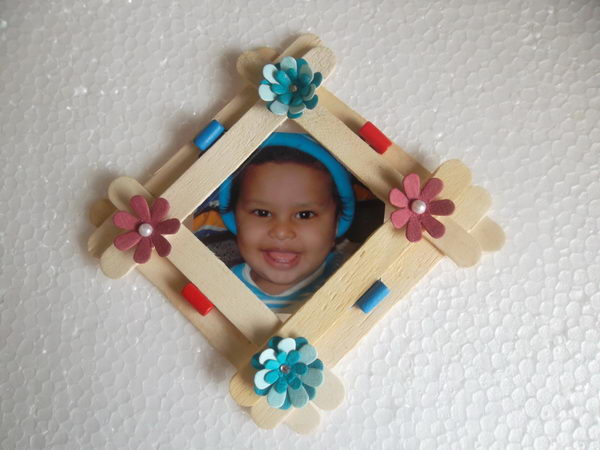 19 popsicle stick photo frame