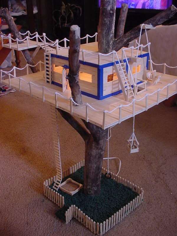 12-popsicle-stick-tree-house