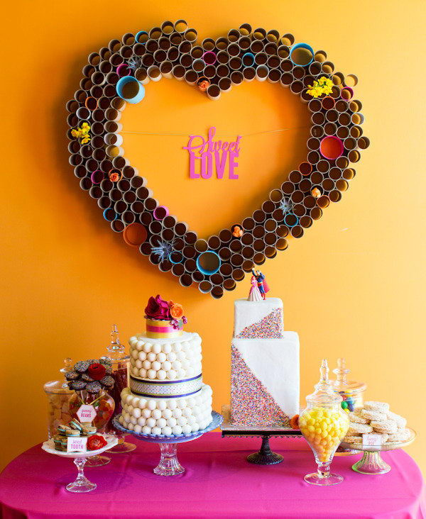 1 heart shape wall decoration