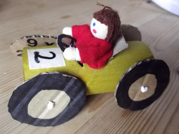 14-diy-cardboard-car