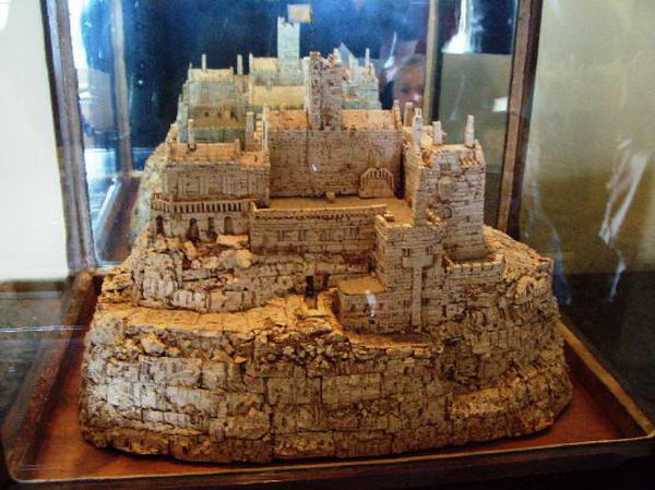 33-wine-cork-castle