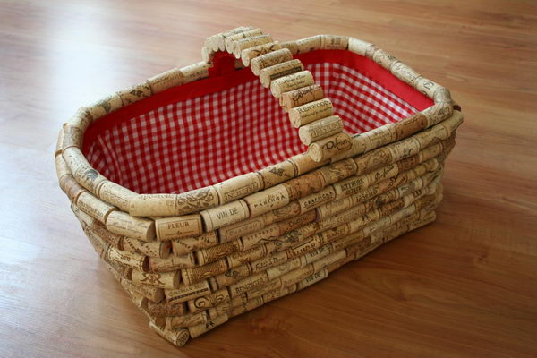 35 wine cork basket