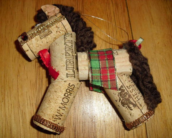 5 wine cork horse craft