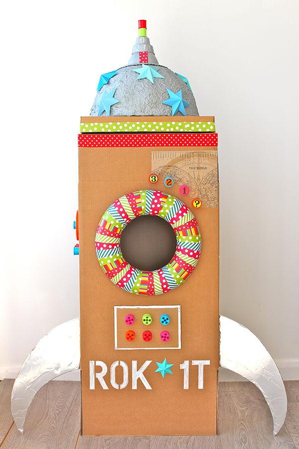 12 rocket cardboard playhouse
