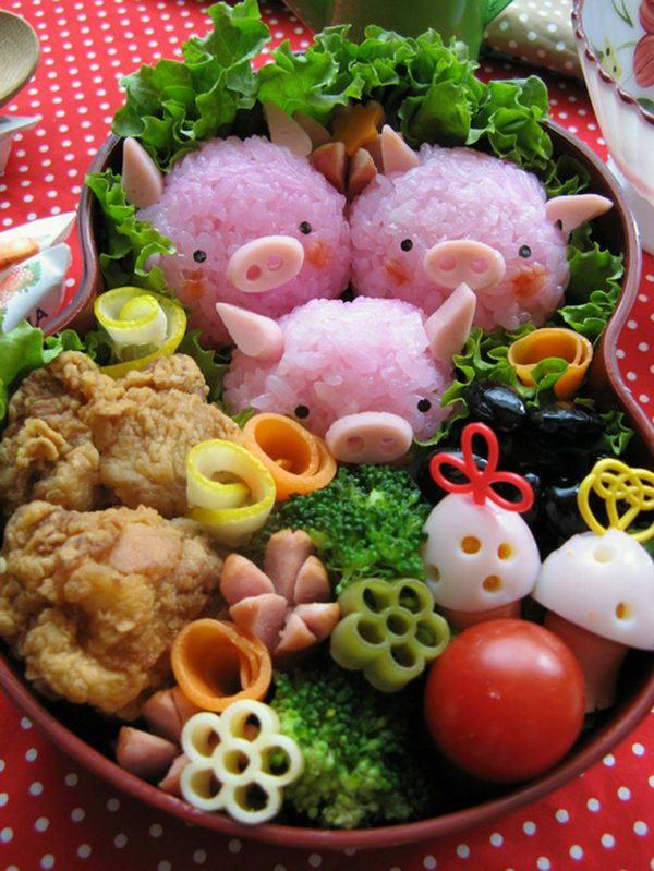 5-three-pigs-lunch-box