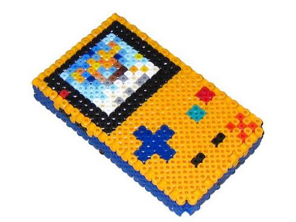 18-3d-gameboy-perler-beads