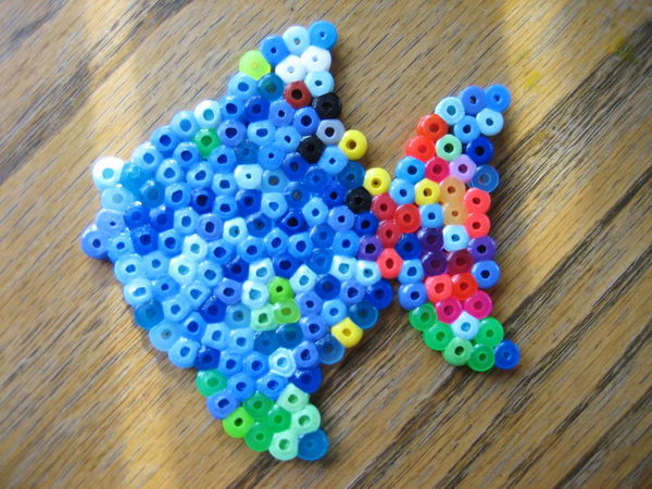 27-rainbow-fish-perler-beads