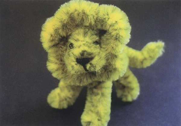 12-pipe-cleaner-lion