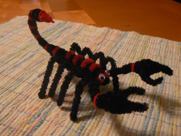 14 pipe cleaner scorpion
