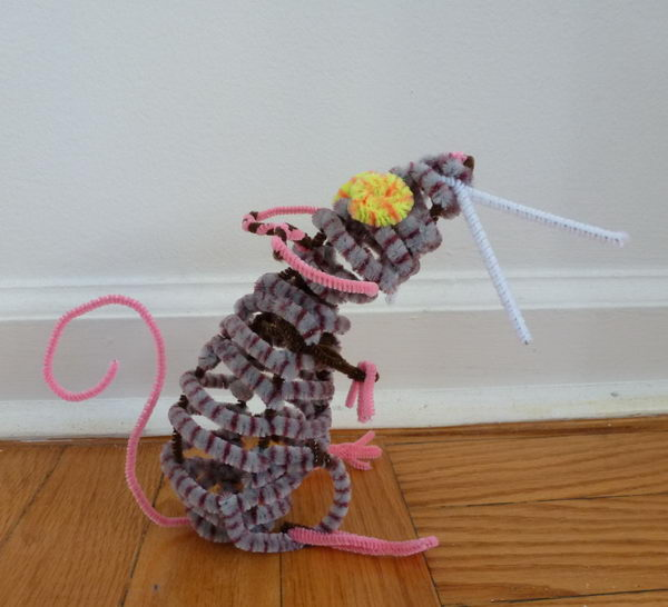 21 pipe cleaner mouse