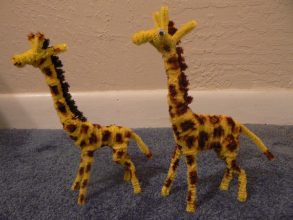 23-pipe-cleaner-giraffes