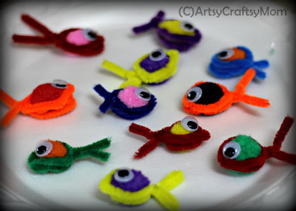 47-pipe-cleaner-fishes