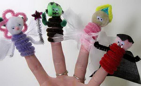 35 halloween finger puppets