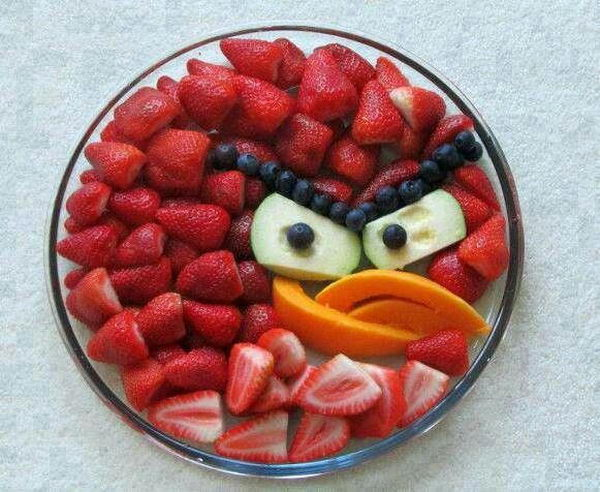 Angry Bird Fruit Plate Edible Arrangment,