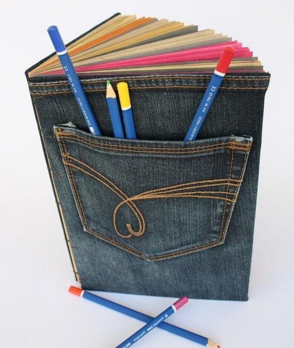 Jeans Upcycling Cover.