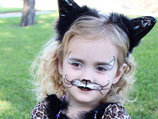 Easy Cat Face Paint. Cool Face Painting Ideas For Kids, which transform the faces of little ones without requiring professional-quality painting skills.