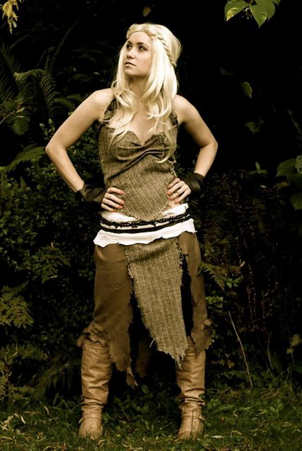 Daenerys Targaryen Costume. Super Cool Character Costumes. With so many cool costumes to choose from, you have no trouble dressing up as your favorite sexy idol this Halloween.