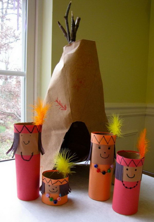 This Thanksgiving Pretend Play Set was easy to make and fun to set up as an Invitation to Play and Learn.