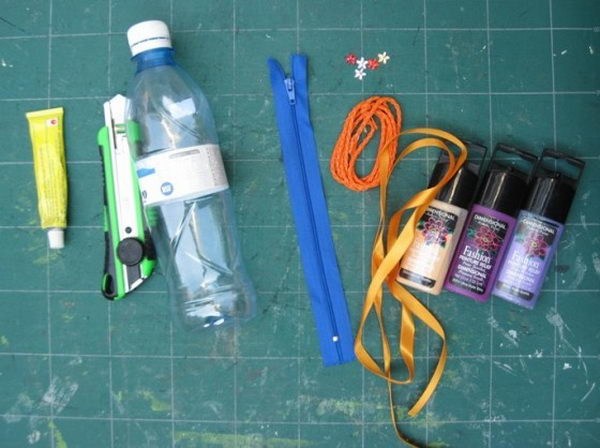 Water Bottle Pencil Case. There's nothing like a cool pencil case full of cool pencils, erasers and accessories to excite your kids' imagination and ignite their creative and linguistic passions. Show how much you care about them.