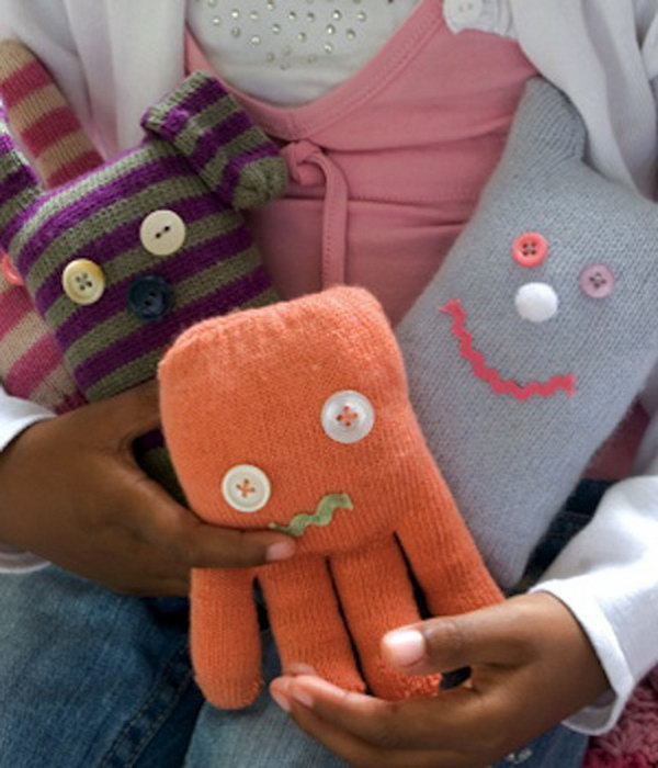 These cute glove toys can be become your child's favourite in no time,