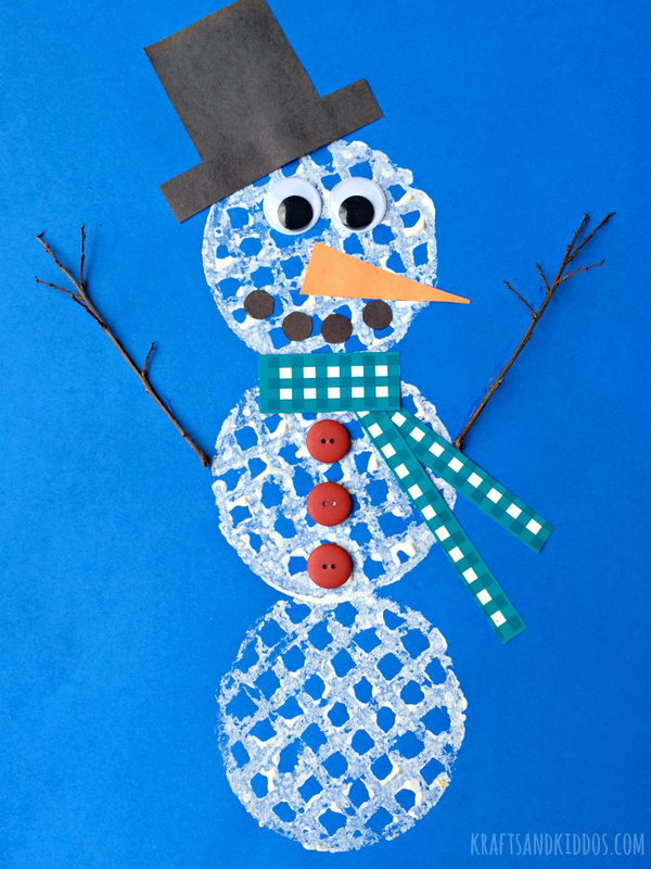 This waffle snowman is a great craft to let the kids express their creative side while having fun.