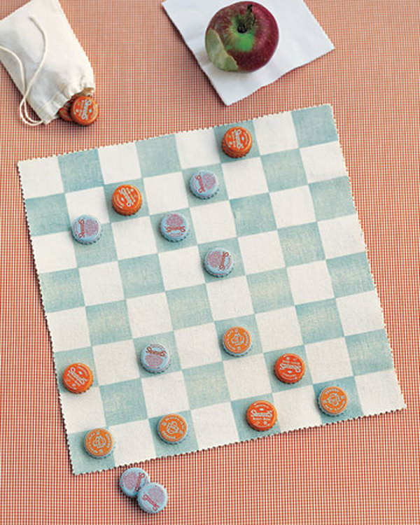 This canvas checkerboard craft ensures kids can play almost anywhere.