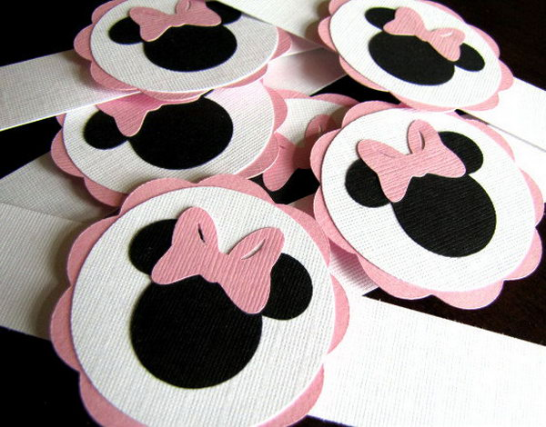 Minnie Mouse Party Napkin Rings are the perfect way to add that special touch to your t party! These napkin rings are made of  high-quality cardstock with a combination colors of white, pink and black to bring your kid a light and happy visual effect.