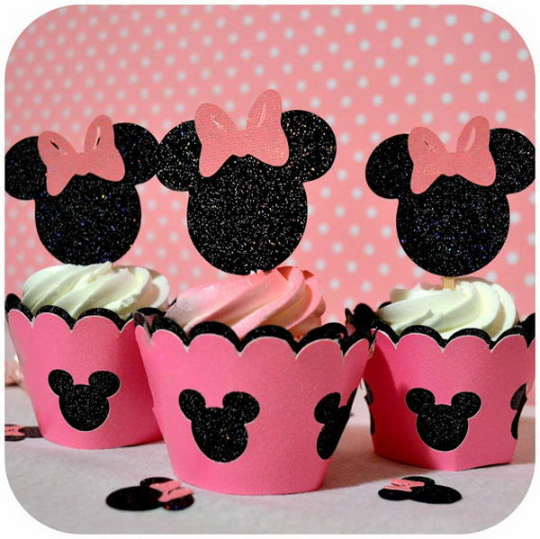 This adorable glittering Mickey Shorts Cupcake Topper is in black and red with white for the buttons on Mickey's shorts. What a fun way to decorate your cupcakes! Your kids can't miss seeing the darling Mickey mouse in this way!