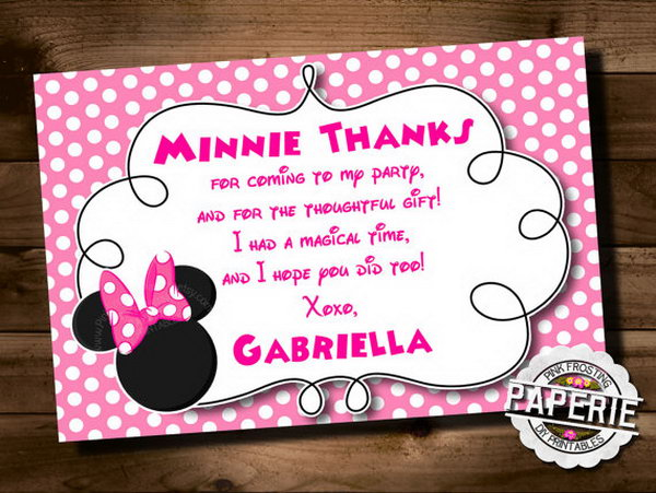 All guest are important to celebrate such an exquisite Minnie mouse themed party. A creative Minnie mouse invitation card is very necessary.