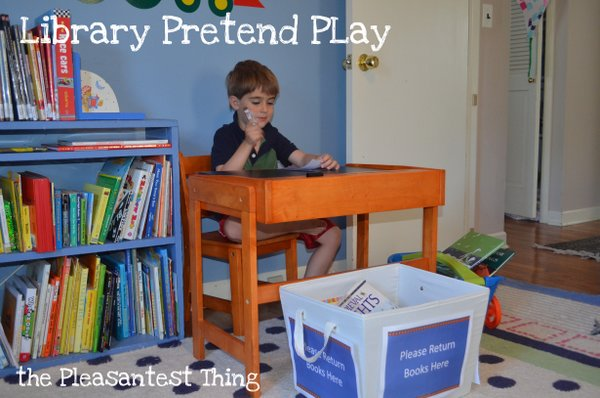Library Pretend Play. What a fun way to play with books for kids.