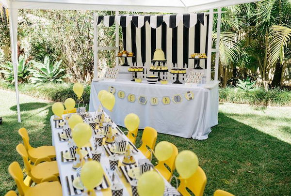 What's cuter than a bunch of bees flying around in party hats? If your little one loves yellow and sweet, then a bee themed party may be just what the doctor ordered.