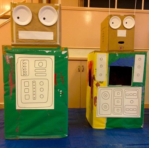 1 homemade robot playhouse