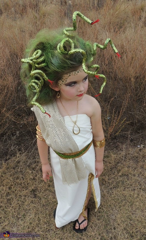 Medusa Halloween Costum for Little Girls.