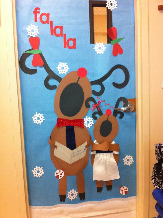 Reindeer Singing Classroom Door Idea.