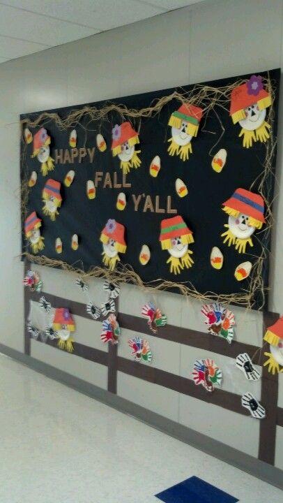 Addorable Fall Bulletin Board.