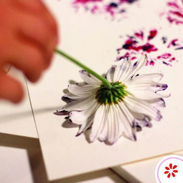 DIY Flower Head Print Beautiful Watercolor Gift Wrapping.