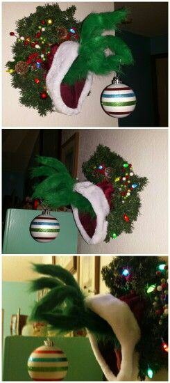'How the Grinch Stole Christmas' Wreath.
