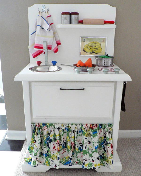 DIY Cute Play Kitchen. See the steps