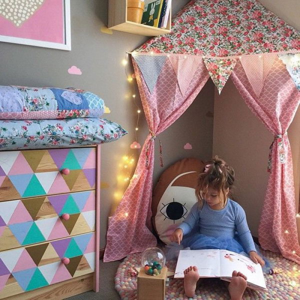 Girly Kids Reading Corner