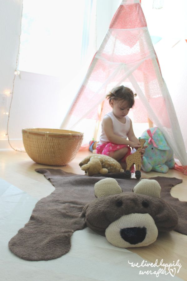 DIY $10 Bear Rug for Your Baby. I would like white or pink.