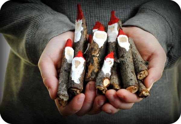 DIY Cute Twig Santa Claus. So easy and so fun!