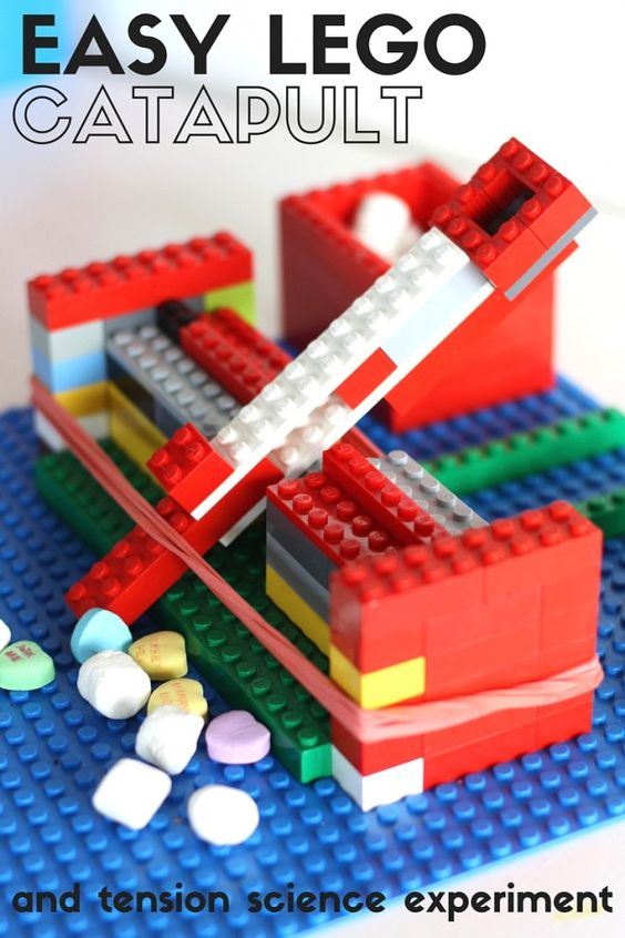 Easy Lego Catapult.